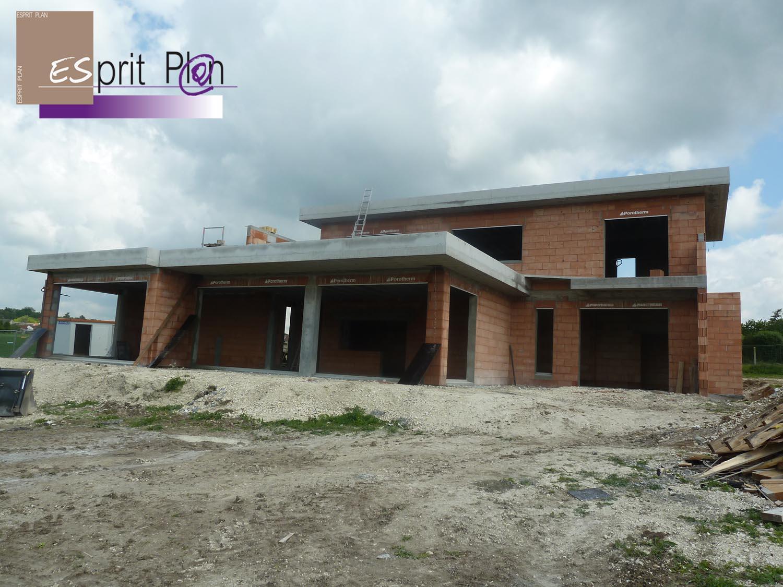 Realisations maison extensions renovations sur arras lille et nord pas de calais modele for Maison moderne avec grande baie vitree